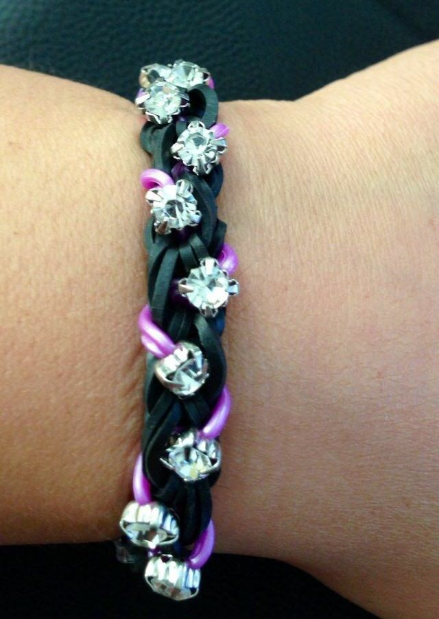 "Over and Under ""Bling"" loom bracelet: How to add small beads to bands"