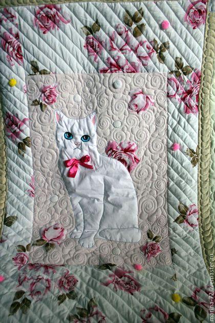 """Текстиль, ковры ручной работы. Заказать Одеяло """"Кошки и цветы-3"""". Марина. Ярмарка Мастеров. Одеяло пэчворк, люблю кошек"""