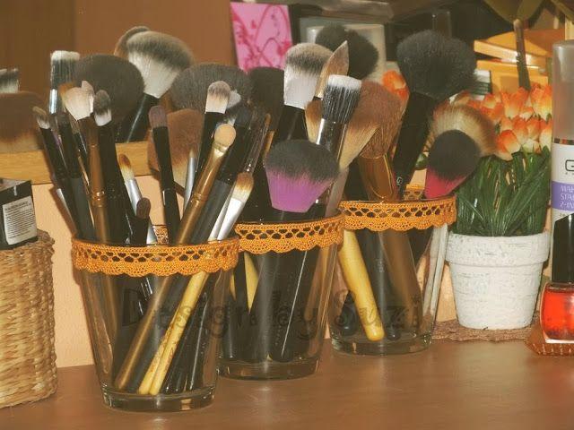 DIY: Brush holders