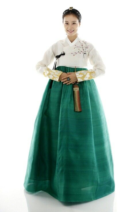 2) white and green hanbok