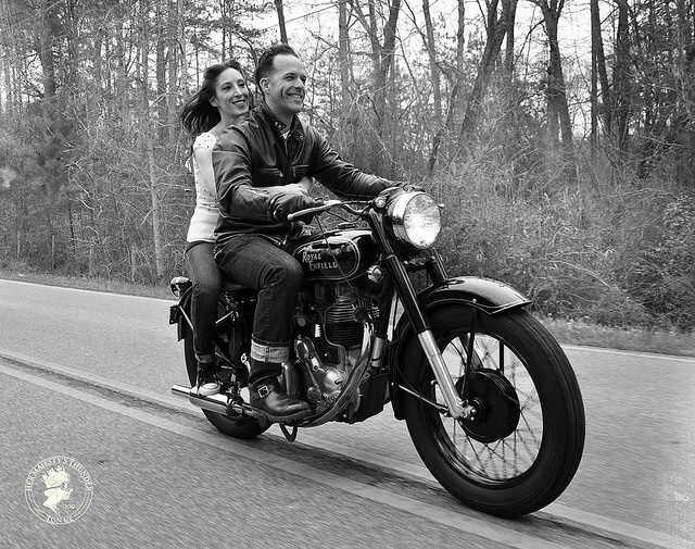 NOTHING BETTER THAN A GOOD LOOKING MAN W/HIS MOTORCYCLE & THE WIND IN YOUR HAIR!! I FEEL THE NEED FOR SPEED!!