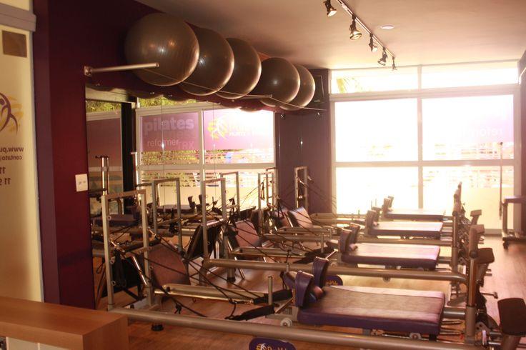 Estudio de Pilates e reformer.