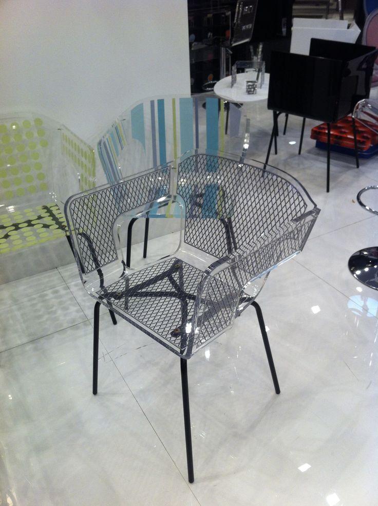 ACRILA Alnoor Chair
