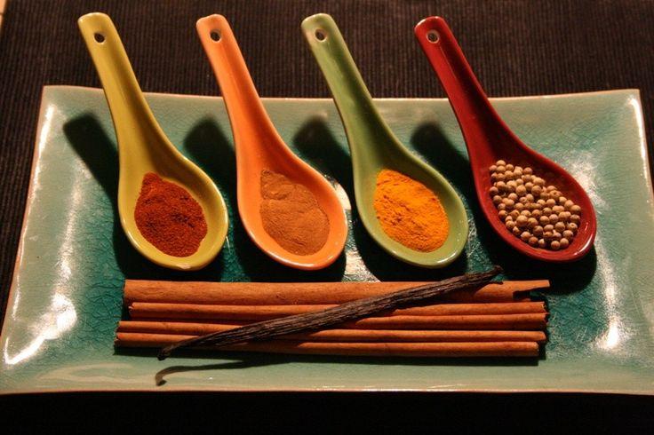 Cutia cu mirodenii 5 spices (indian) - 40lei