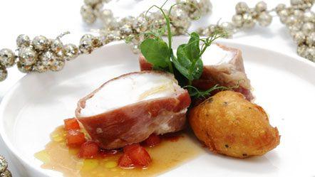 Zeeduivel met gedroogde ham en aardappelbeignet met truffel (stoomoven Miele) - Miele.nl !