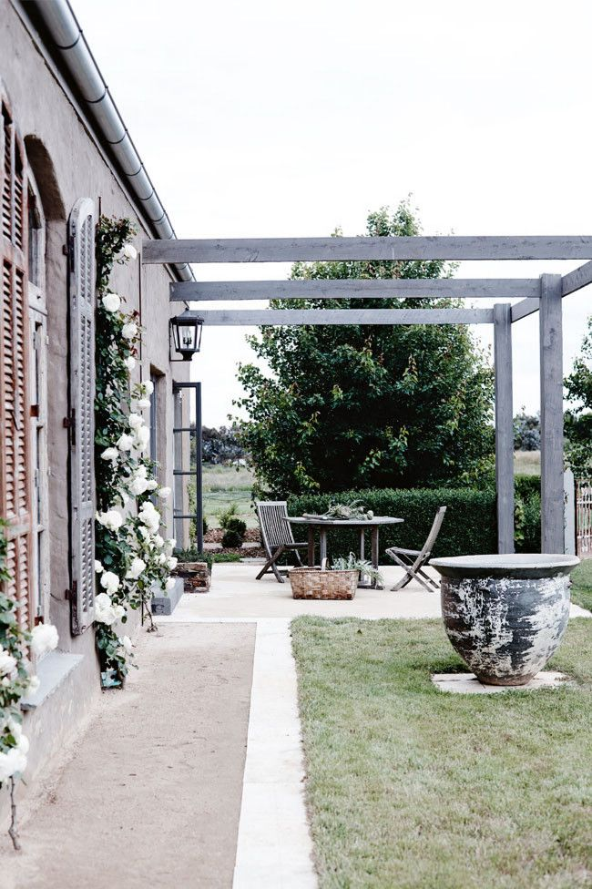 outdoor area | country style