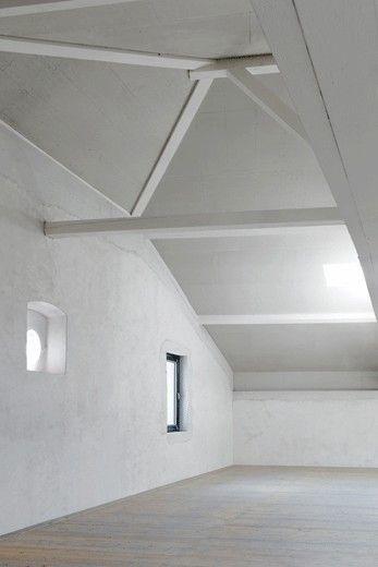 Charles Pictet Architecte > Taller en un edificio