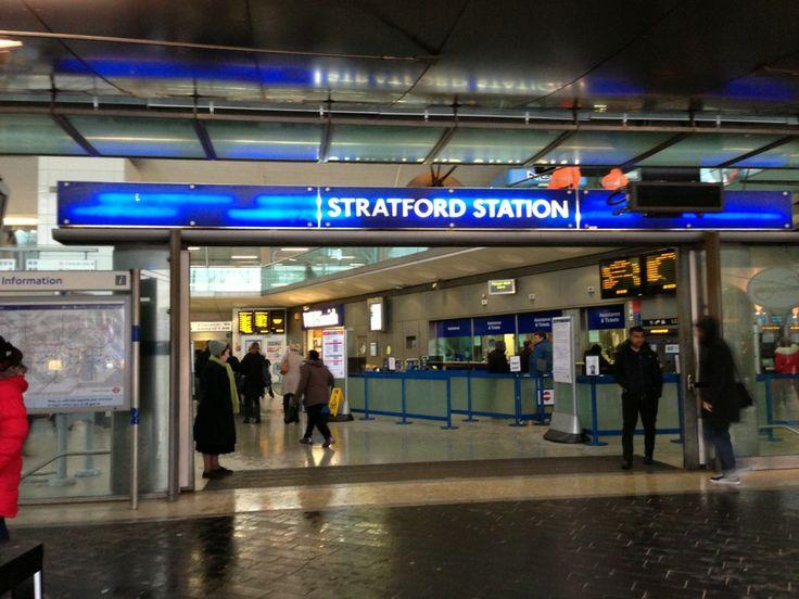 Stratford London Underground Station em Stratford, Greater London