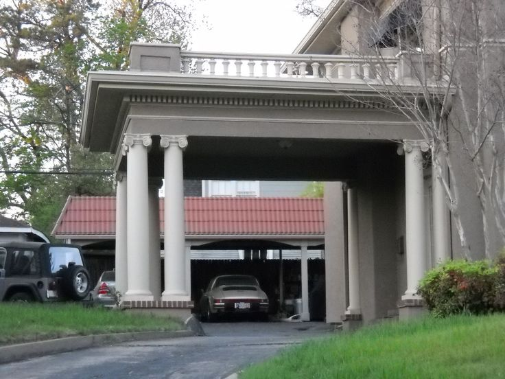 1000 ideas about porte cochere on pinterest southern for Cottage house plans with porte cochere