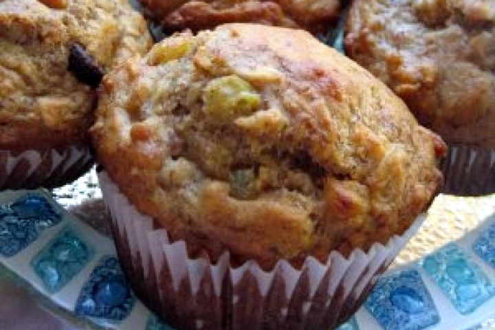 Quick and Easy Banana-Oat Muffins | Food | Pinterest