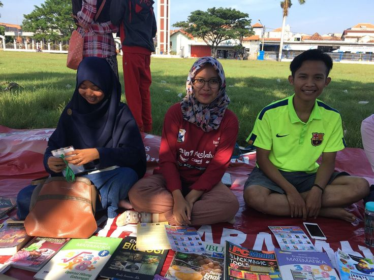 TBM Ala Komunitas Ngampar Boekoe di Haurgeulis Wujud Kepedulian Anak Muda Terhadap Minat Baca