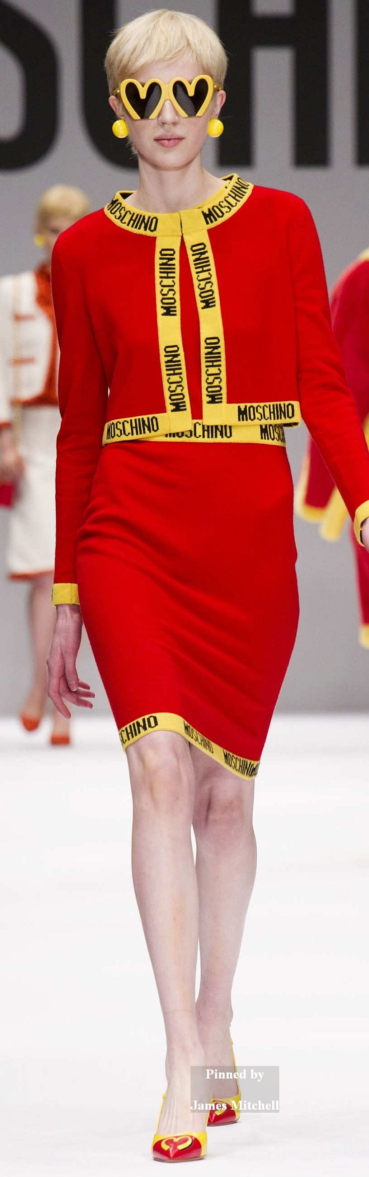 Moschino Collection  Fall 2014 Ready-to-Wear