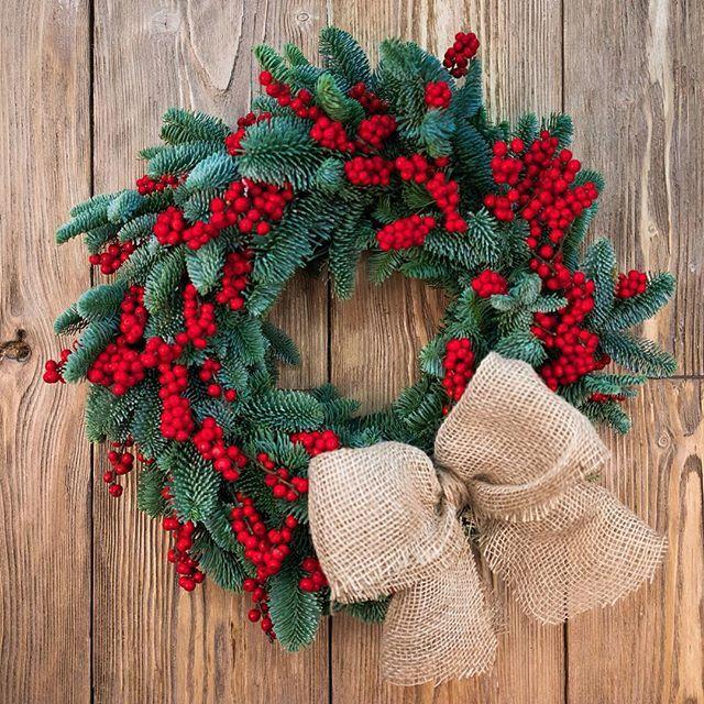"Венок ""Рождество"" Пушистая голубая ель и красные ягоды иликса ❤️❤️❤️❤️ 45 см 5250 рублей  30-35 см 4250 рублей  Заказ  8(906)758 70 70 (Call, WhatsApp, Viber)  Wreath ""Christmas""  Fluffy blue spruce and red berries ilix ❤️❤️ 45 cm 5250 rubles 30-35 см 4250 rubles Ordering  8(906)758 70 70 (Call, WhatsApp, Viber)  #новыйгод #happynewyear #wreath #венок #подарок"