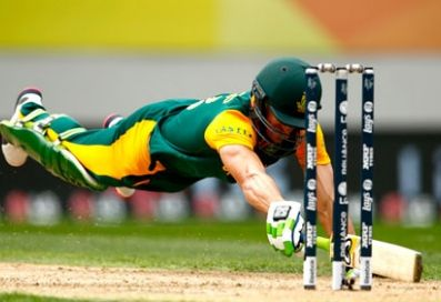 NZvsSA-World-Cup-semifinal-live-cricket-score-Proteas-222-4-39-overs-Faf-du-Plessis-out