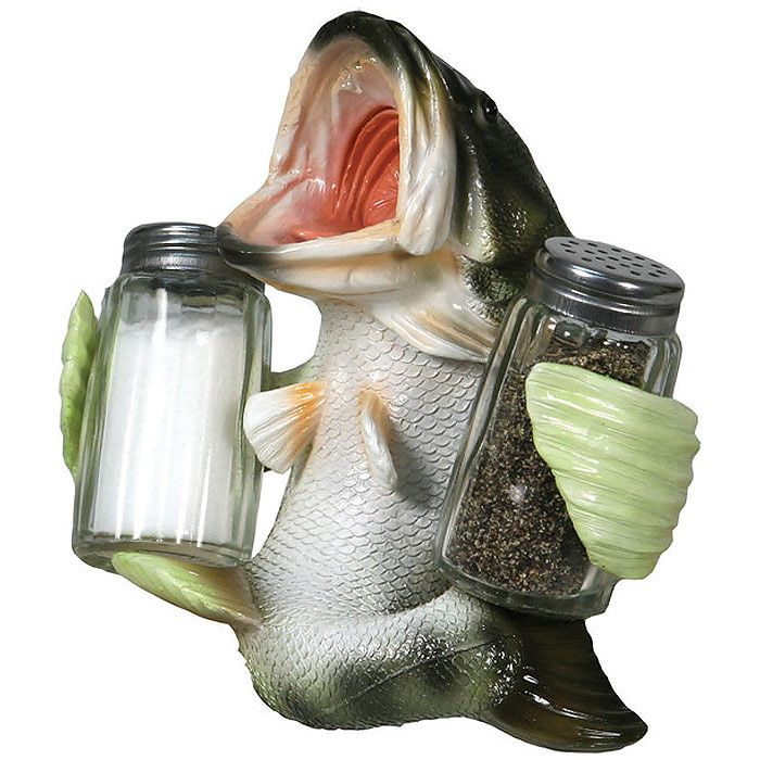 This delightfully, funny big mouth holds a set of glass salt and pepper shakers. Great for table, stovetop, outdoor camping, fishing, or picnics. Hand-painted poly resin. Shipping weight: 3 lbs.
