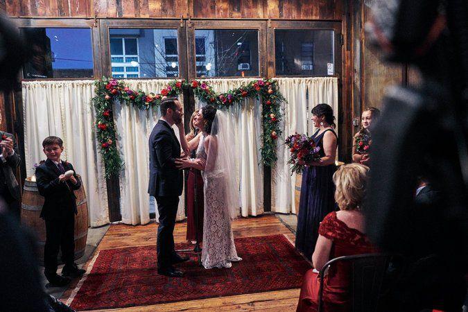 On Craigslist 3br Unfinished Future Husband Upstairs New York Wedding Venues Brooklyn Winery New York Wedding