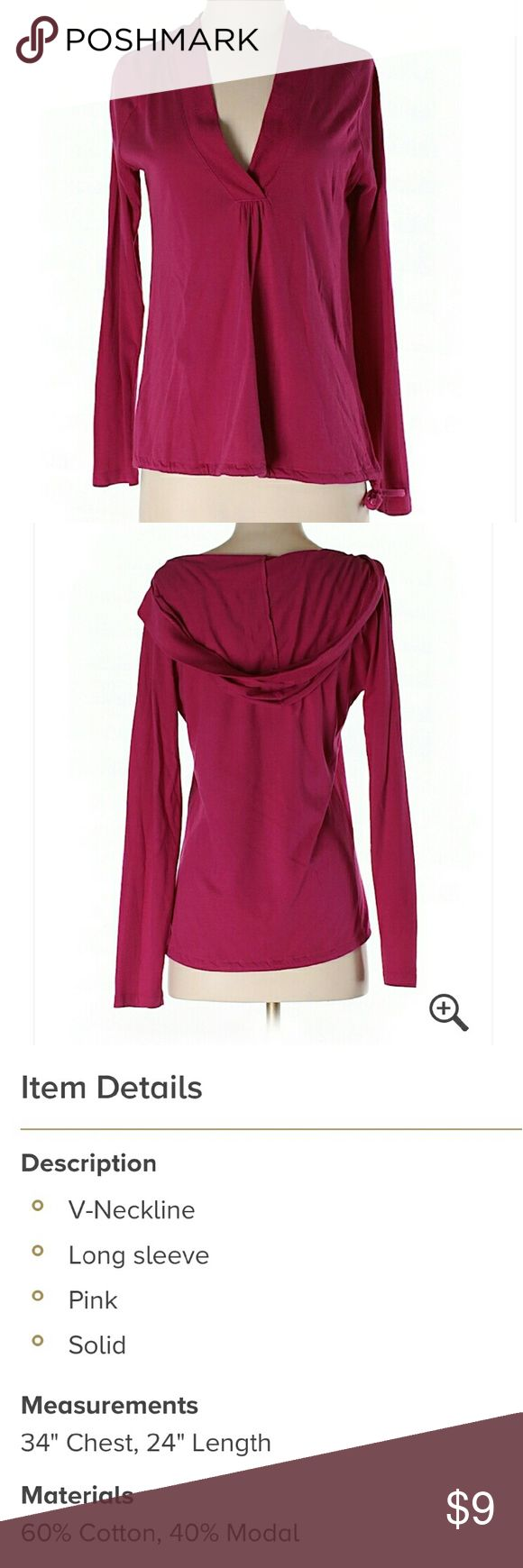 Old navy long sleeved top size xs Dark pink long sleeves with hood. From old navy maybe worn once or twice no flaws Old Navy Tops Tees - Long Sleeve