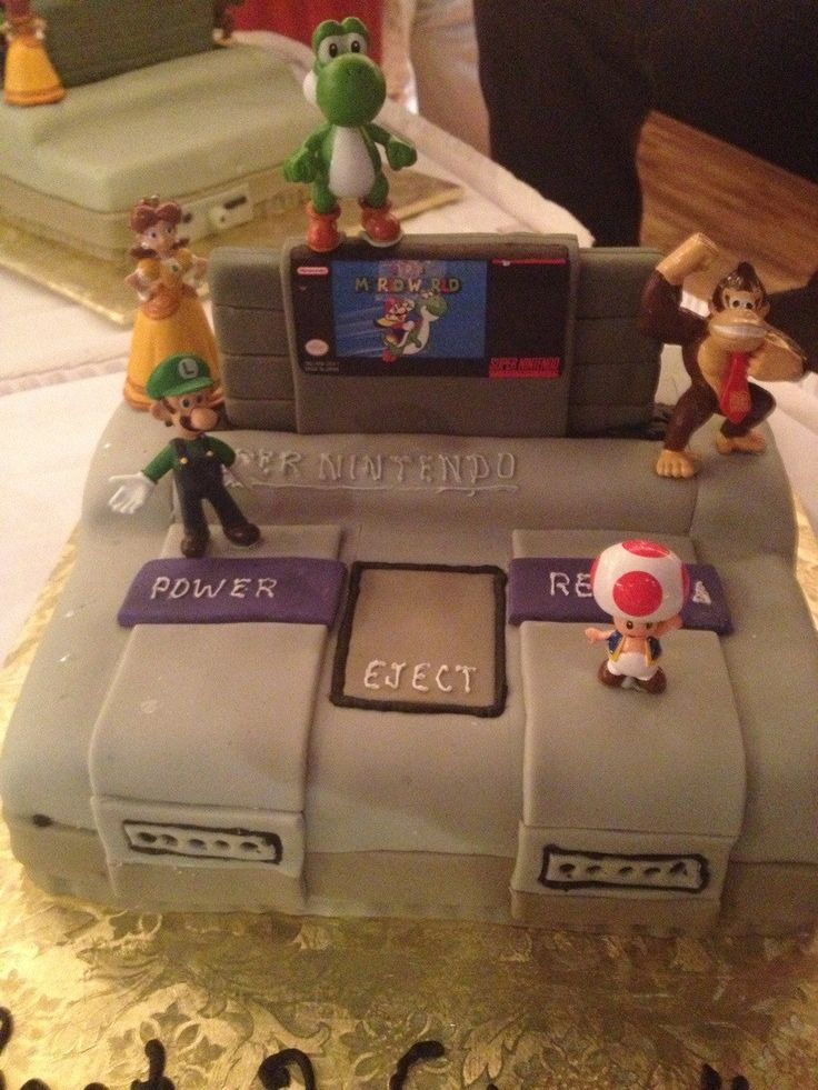 26 Nerdy Wedding Cakes to Geek Out Over: