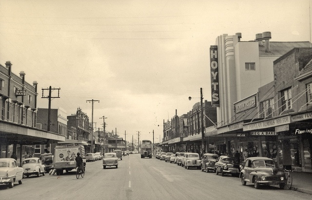 Hoyts theatre, Maitland Road, Mayfield circa 1960s