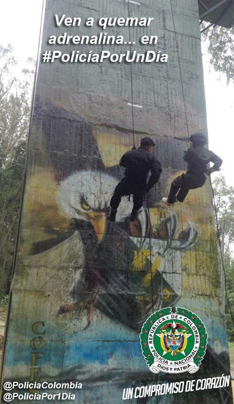 #PolicíaPorUnDía ¡Policía para toda la vida! http://bit.ly/PoliciaPorUnDiaCol