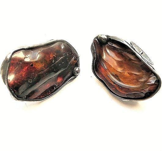 Cufflinks with big amber are a great hand-made classy gift //  Spinki do mankietów z wielkimi bursztynami to wspaniały prezent hand made