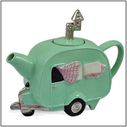 Incredibly-Unusual-and-Creative-Teapots-