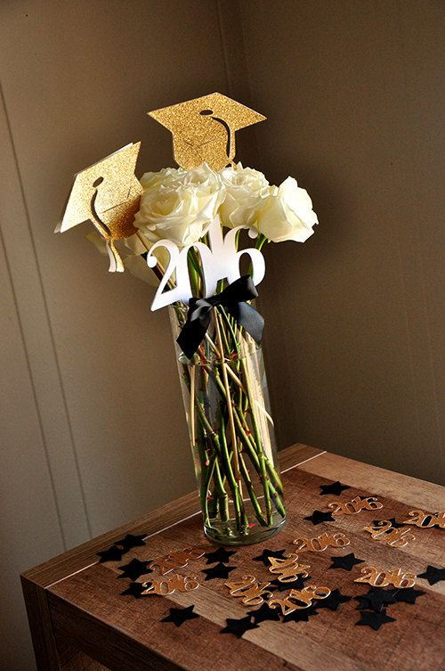 Graduation Centerpiece. Ships in 2-5 by ConfettiMommaParty