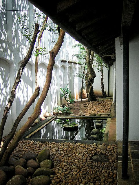 amazing courtyard in tiny space