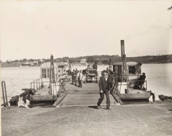 "On the punt at Tom Ugly's Point, 12 miles from Sydney"" June 1903"