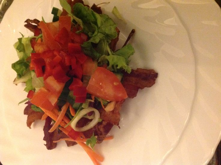 Bacon kurv m. Salat