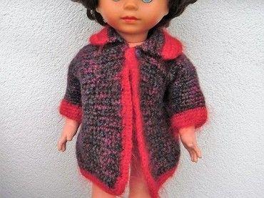 Retro panenka, husté vlasy, končetiny na gumičkách prasklá