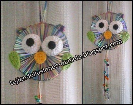 tejido crochet y artesanías: Reciclado de CD's = búho colgante.