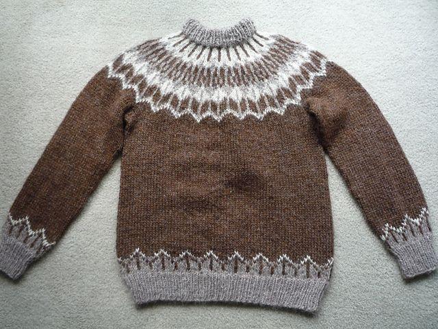 Ravelry: #8 Sweater, Samband of Iceland No. 2 pattern by Anna Árnadóttir