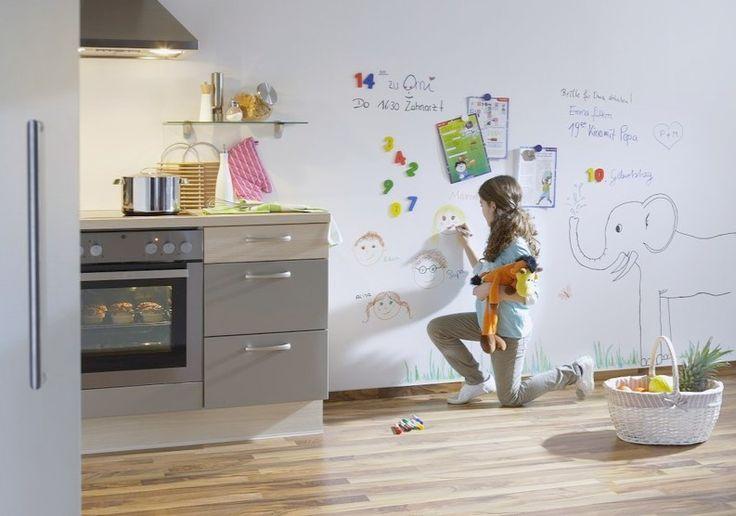 beschreibbare wand in der k che produkt milacor mur inscriptible dans une cuisine produit. Black Bedroom Furniture Sets. Home Design Ideas