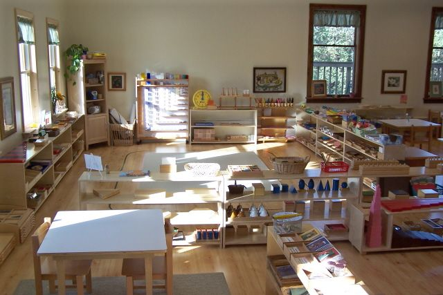 Montessori classroom example. The neutral walls really make the materials pop, which is exactly how it's meant to look.
