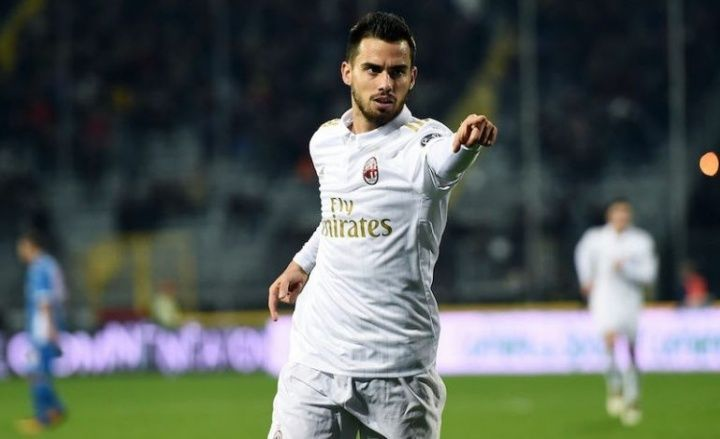 Milan President Silvio Berlusconi admits he argued with Vincenzo Montella again this time over the deployment of Suso. Berlusconi has  Source