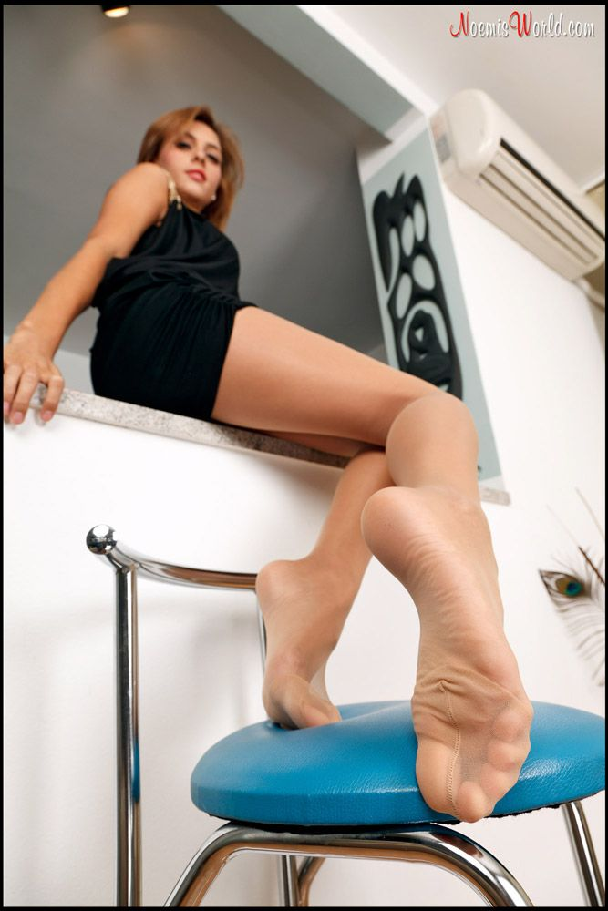 393 Best Sexy Nylon Feet Images On Pinterest-5953