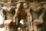 Sicilian Phrasebook: Monreale: Detail of column capital
