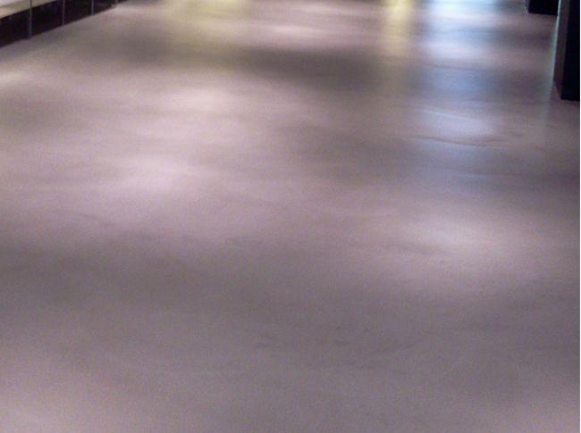 Fotos - Berkers vloeren: cementdekvloeren, gietvloeren en siergrind