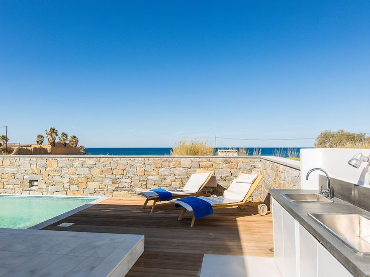 Pigi villa rental - gas barbecue station from Porphyritic with easy access to the Kitchen area