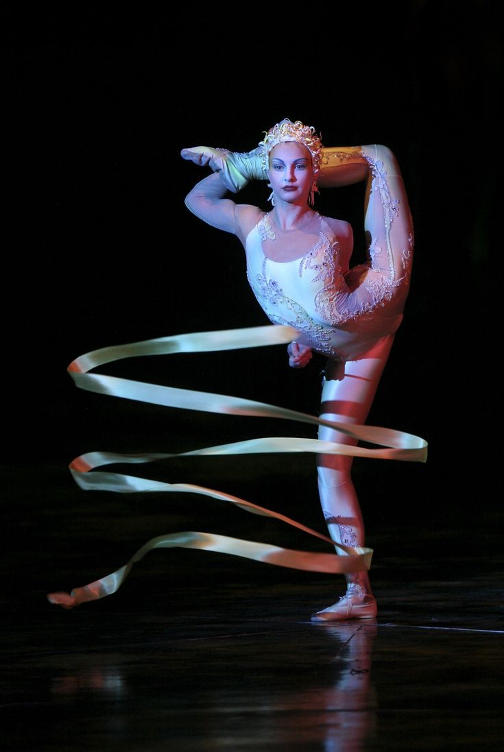 Love ribbon dancers especially Cirque du Soleil ones.