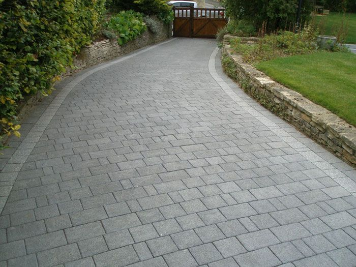 Drivesett Argent Block Paving Circle| Marshalls.