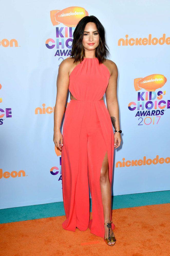 Demi Lovato – 2017 Nickelodeon Kids' Choice Awards in LA