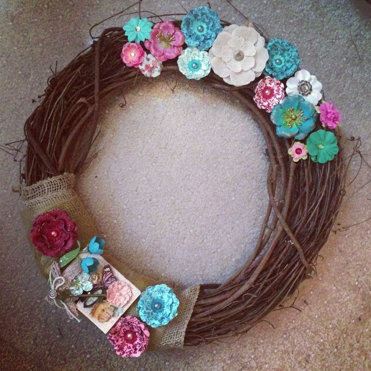 Flower burlap wreath for spring - summer. Christmas gift.