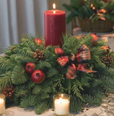 112 best images about christmas flower arrangements on - Centro de mesa para navidad ...