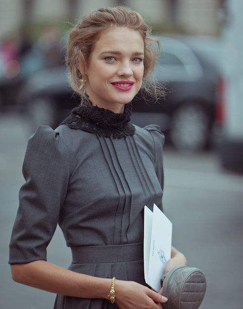 pretty gray & black- Natalia Vodianova CHANEL, Fashion Week Paris S/S 12