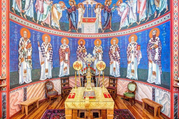 Orthodox Altar More Orthodox church interiors: http://whispersofanimmortalist.blogspot.com/2015/04/church-interior-1.html