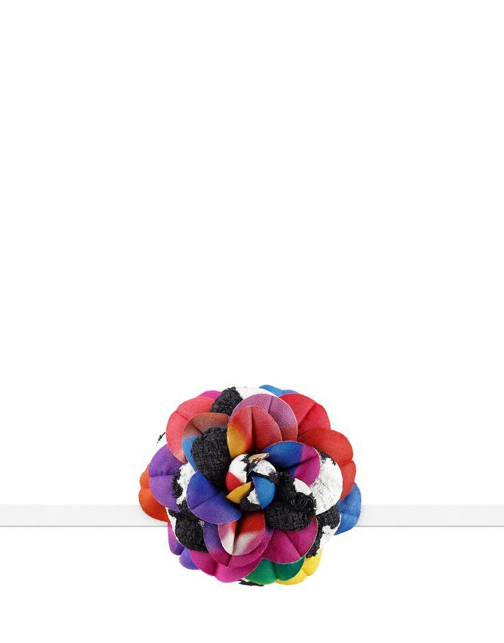 Camélia en soie et tweed - CHANEL