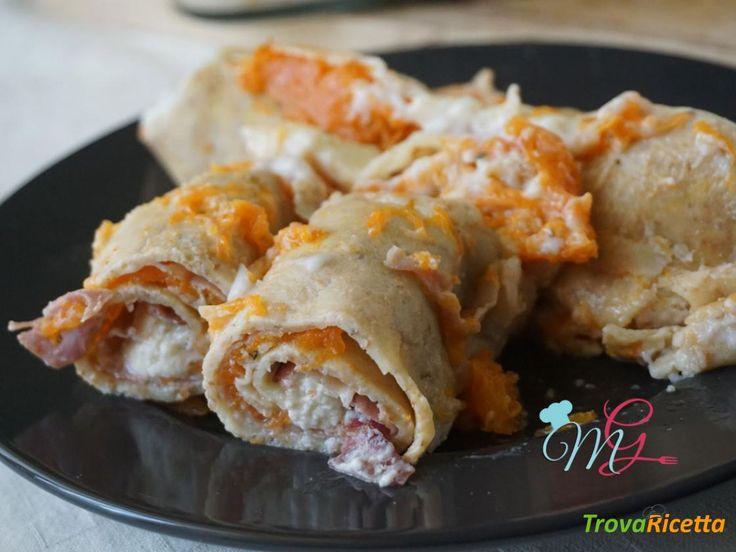 Crepes integrali zucca speck e gorgonzola #ricette #food #recipes