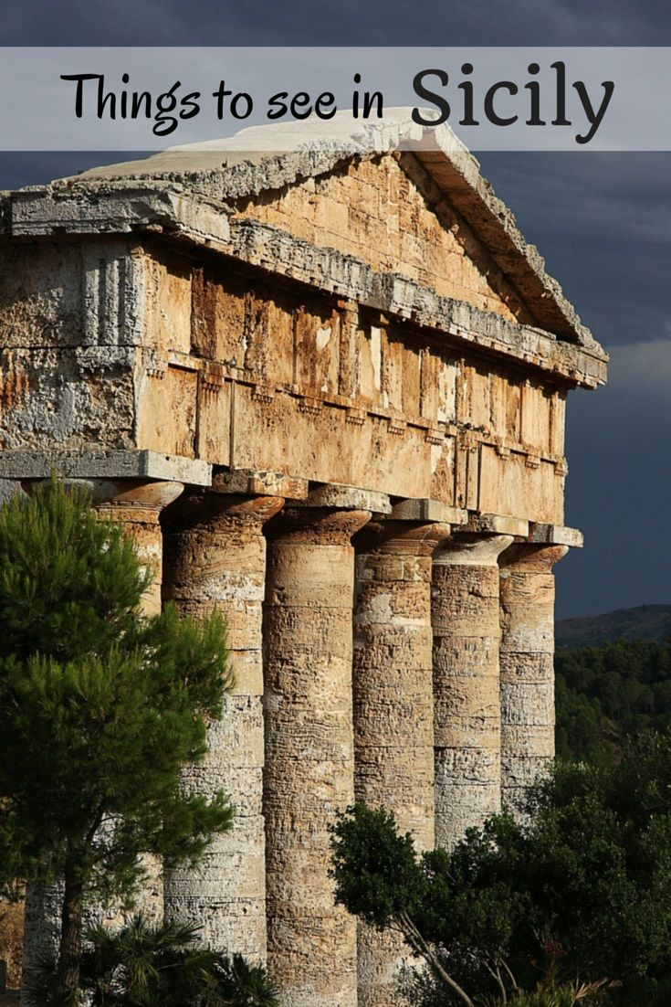 Are you in Italy or Greece? It will be difficult to tell when you see the ancient Greek temples at Agrigento, Sicily... | Free travel guides and itineraries to Sicily and the rest of Italy. #palermo #sicilia #sicily
